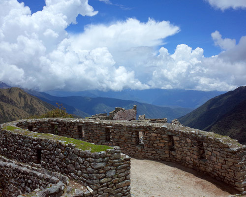 sayacmarca-ruins